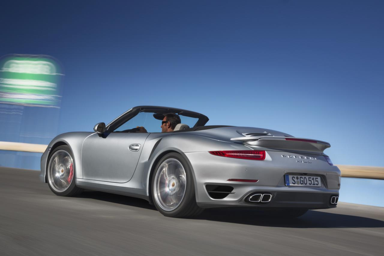 2014 Porsche 911 Turbo Convertible 4