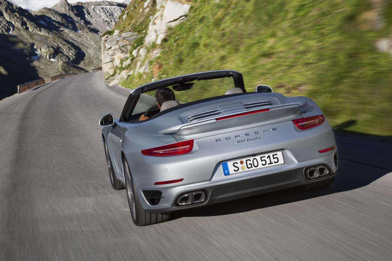2014 Porsche 911 Turbo Convertible 9
